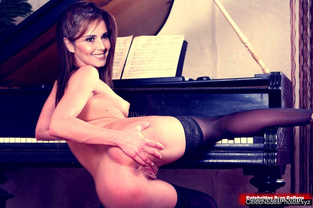 Cheryl Cole Sexy Nude